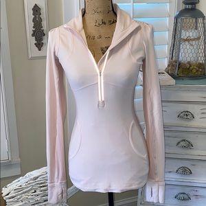 ⭐️Lululemon Athletica pink pullover ⭐️